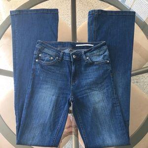 EUC Zara Flare Leg Medium Wash Denim Jeans Sz 4